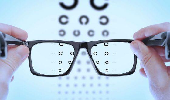 Проверяйте зрение у врача