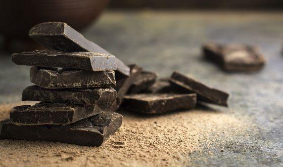 Темный шоколад помогает при похудении