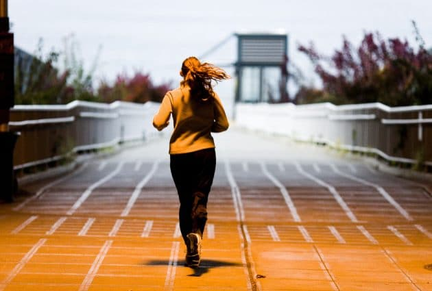 Тренировка с собственным весом - прокачиваем все мышцы. Это кажется очевидным, но во время выполнения упражнений вы можете забыть о дыхании.