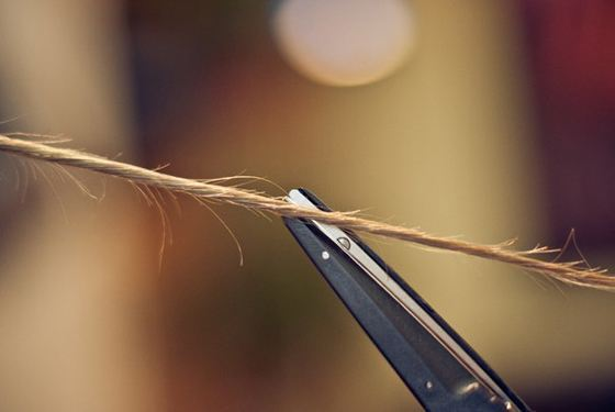 Стрижка волос жгутиками