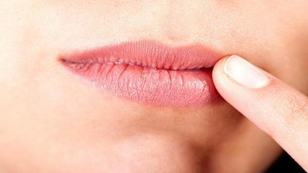 Эксфолиативный хейлит губ
