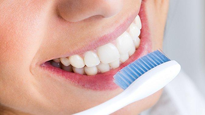Стоматологи раскрыли секрет, как правильно чистить зубы