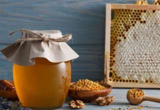 Мед не портится и хранится столетиями