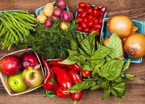 УзнавайТут Диетологи назвали суточную норму фруктов и овощей