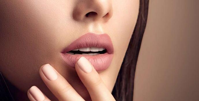 Почему сохнут губы неприятные ощущения